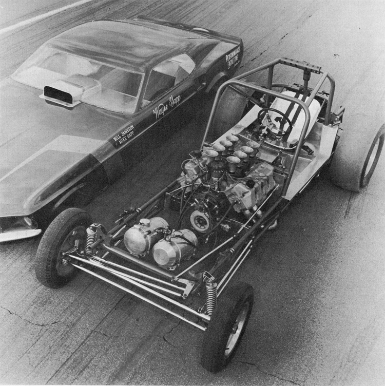 A 33 percent engine set back improved the traction. AHRA rules permit this, while NHRA rules set a 25 percent limit. Note roll cage.